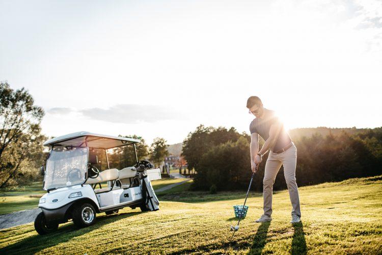 Гра у гольф