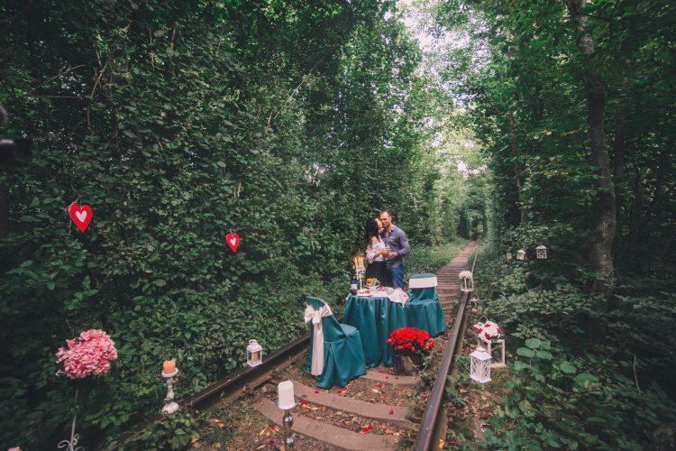 Казкове освідчення в Тунелі Кохання